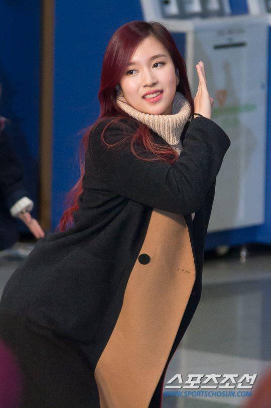 「JYP所属歌手と共に」に出演したTWICEミナ